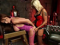 Paige Ashley wants to feel Scarlett March's tongue and fingers on her cunt